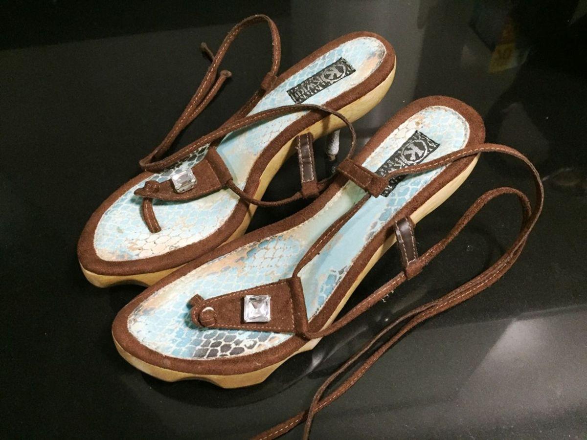 0cb83063dc tamanco sandália kwiui - sandálias kwiui.  Czm6ly9wag90b3muzw5qb2vplmnvbs5ici9wcm9kdwn0cy84njkxodmvmjy5mtzlzjg2yte3mdrlyjjizjy3m2ixnwy1zmflnduuanbn