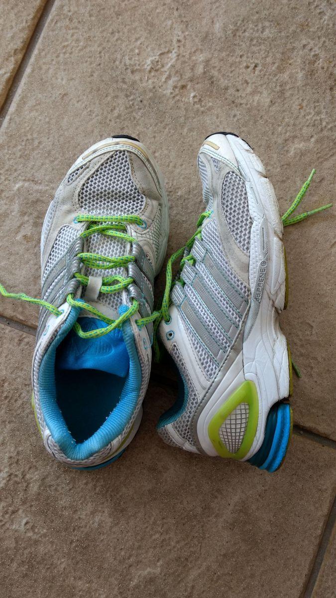 tênis adidas adiprene - tênis adidas.  Czm6ly9wag90b3muzw5qb2vplmnvbs5ici9wcm9kdwn0cy82njazotgvntvinmu4ogq3odlmmtmwn2e0yzflmtaxmwezzdm3mweuanbn  ... 82440b7d6ad29