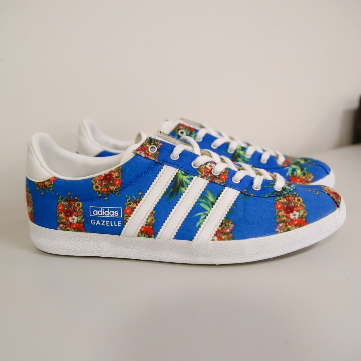 1ea559f31c4 Tênis Adidas Originals Gazelle Farm