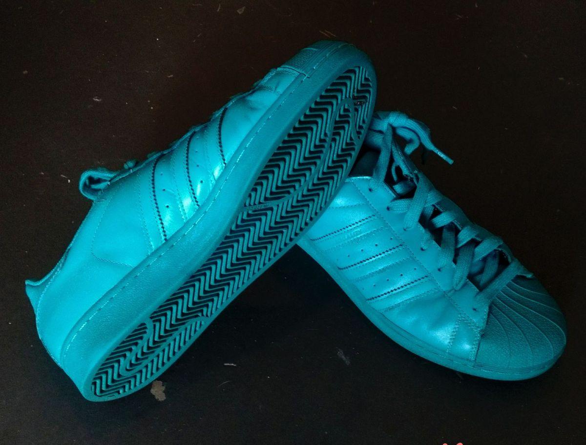 3813c514f1 Tenis Adidas Originals Superstar Supercolor 43 - Pharrell Williams ...