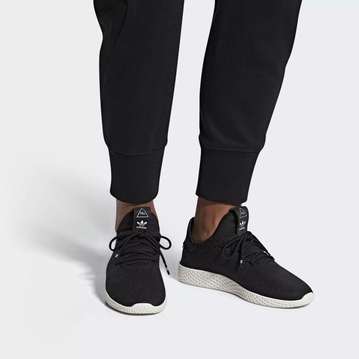 Tênis Adidas Pharrell Williams Hu  23aa900cfdf99