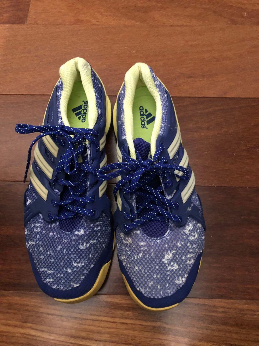 tênis adidas tamanho 36 - tênis adidas.  Czm6ly9wag90b3muzw5qb2vplmnvbs5ici9wcm9kdwn0cy84ntgznzaylzfkyzhhnza0ogezztcyztu0ogiyzdm1ytcwzdq4mjg2lmpwzw  ... 42fa3001c1b9e