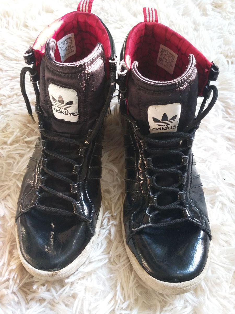 Mandíbula de la muerte Suradam revolución  Tenis Bota Adidas Preto com Detalhe Vermelho e Branco | Tênis Feminino  Adidas Usado 34888104 | enjoei