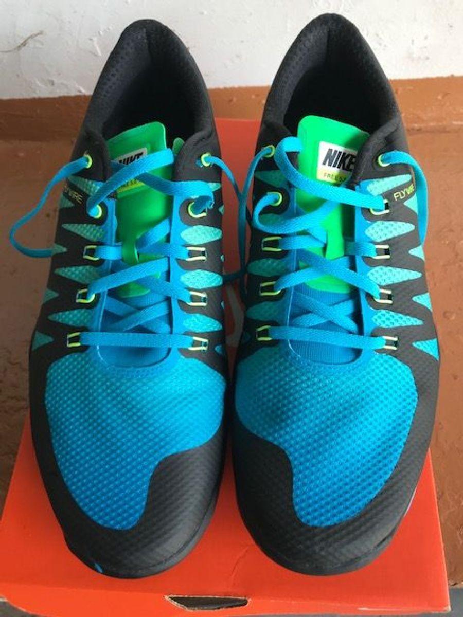 c254a922c29 tênis nike free trainer 5.0 v6 amp - tênis nike.  Czm6ly9wag90b3muzw5qb2vplmnvbs5ici9wcm9kdwn0cy82mja3mzq2lzzknza2yjixm2rhmwi4y2e4mdiyyzbimjixnje5nji2lmpwzw  ...