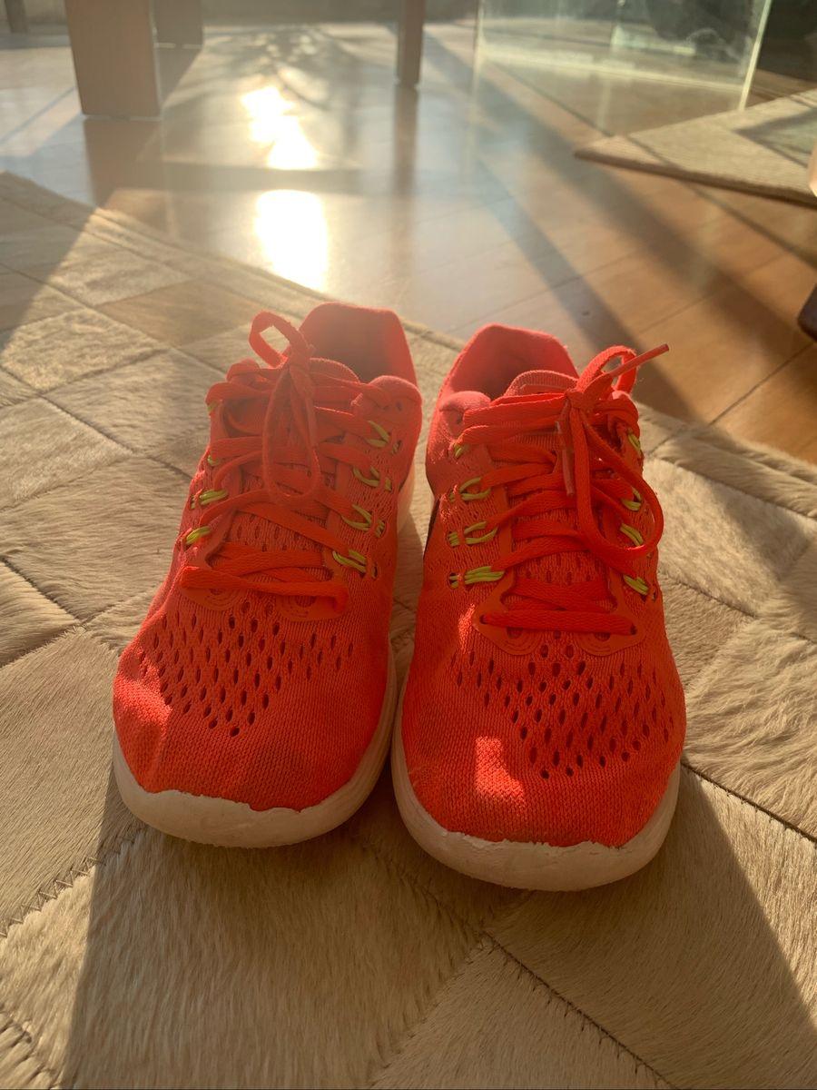 medio Cuota Mirar  Tênis Nike Rosa Neon | Tênis Feminino Nike Usado 31958189 | enjoei