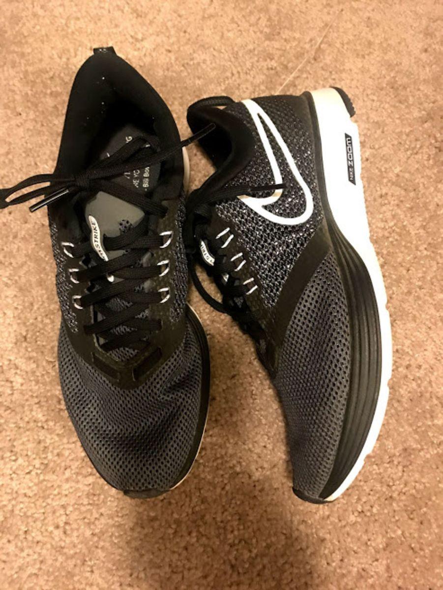 11497fab72 tênis nike zoom strike feminino - preto e branco - tênis nike