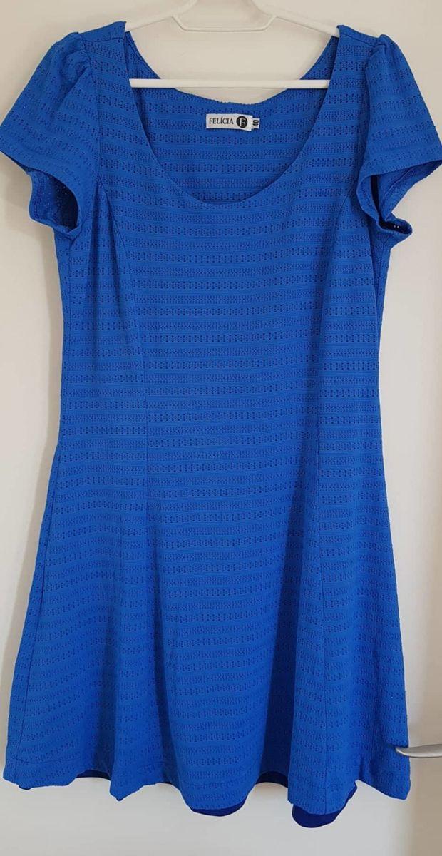 vestido azul em tecido furadinho com forro - vestidos felicia