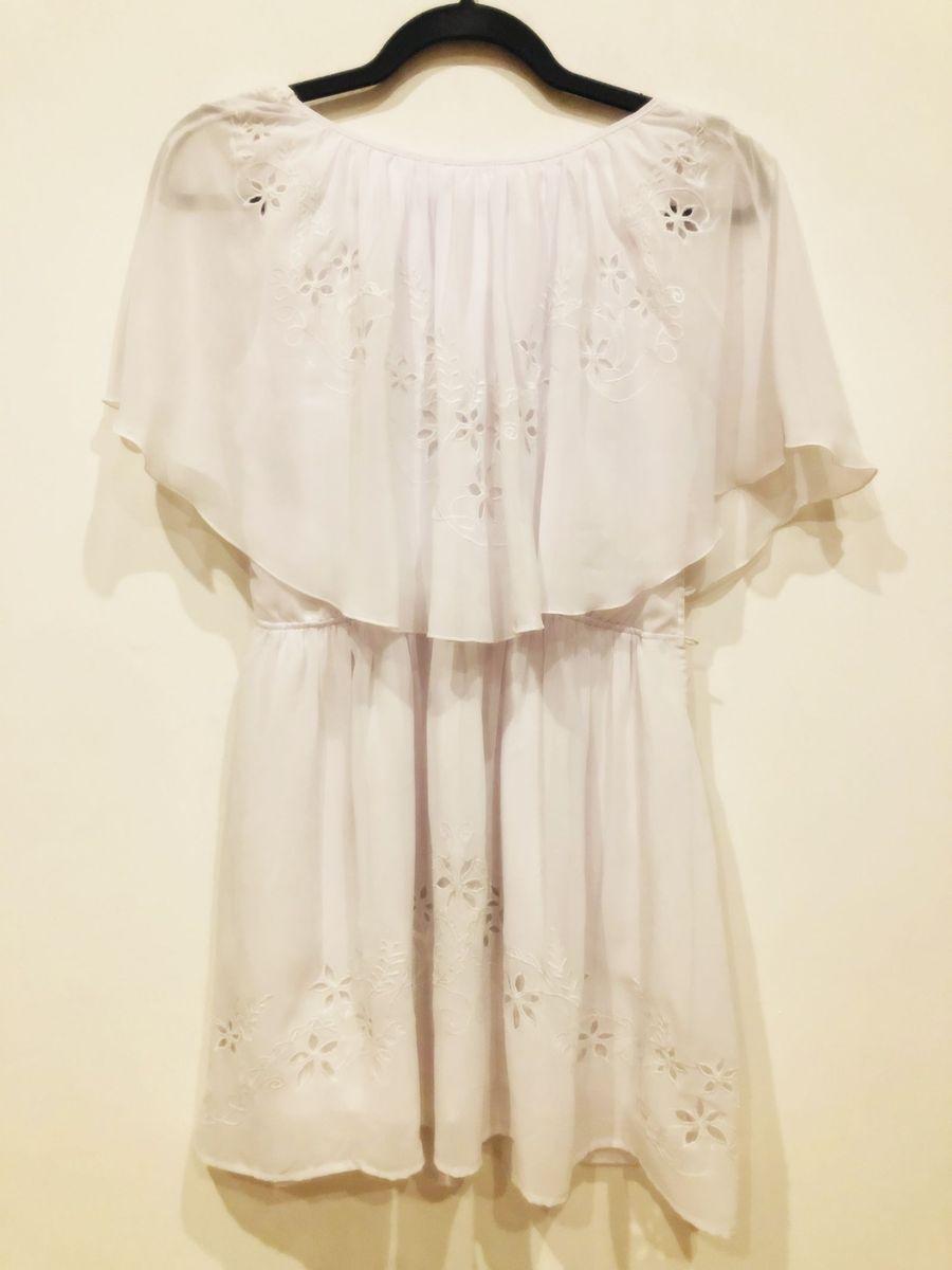 Vestido Branco Bordado Farm