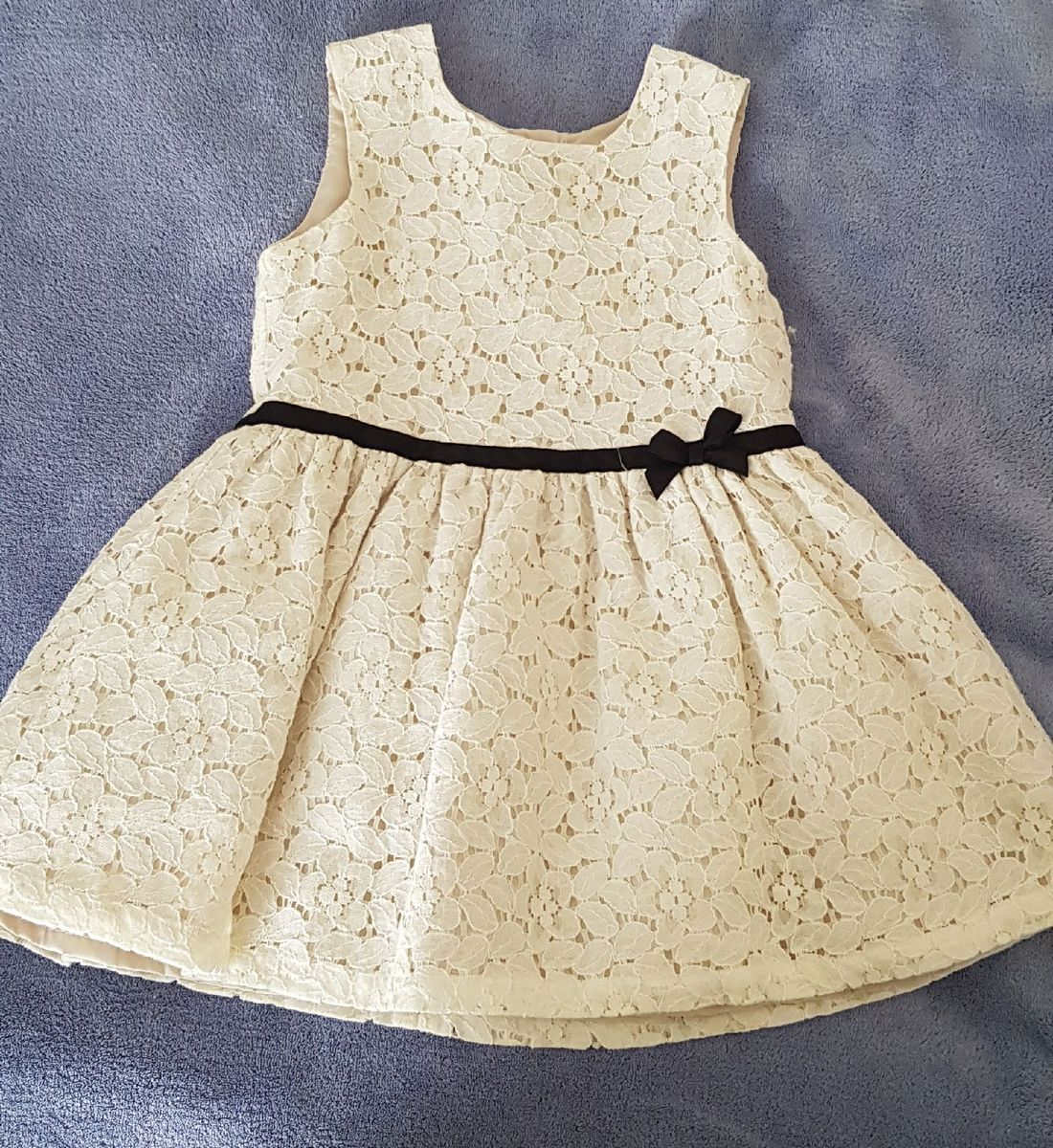 1baa795768 vestido de renda carter s - menina carter s.  Czm6ly9wag90b3muzw5qb2vplmnvbs5ici9wcm9kdwn0cy83mdc3mjivmdblzgyzndu1ztg4otizyznmmdfjy2q2ntfknja2ntyuanbn