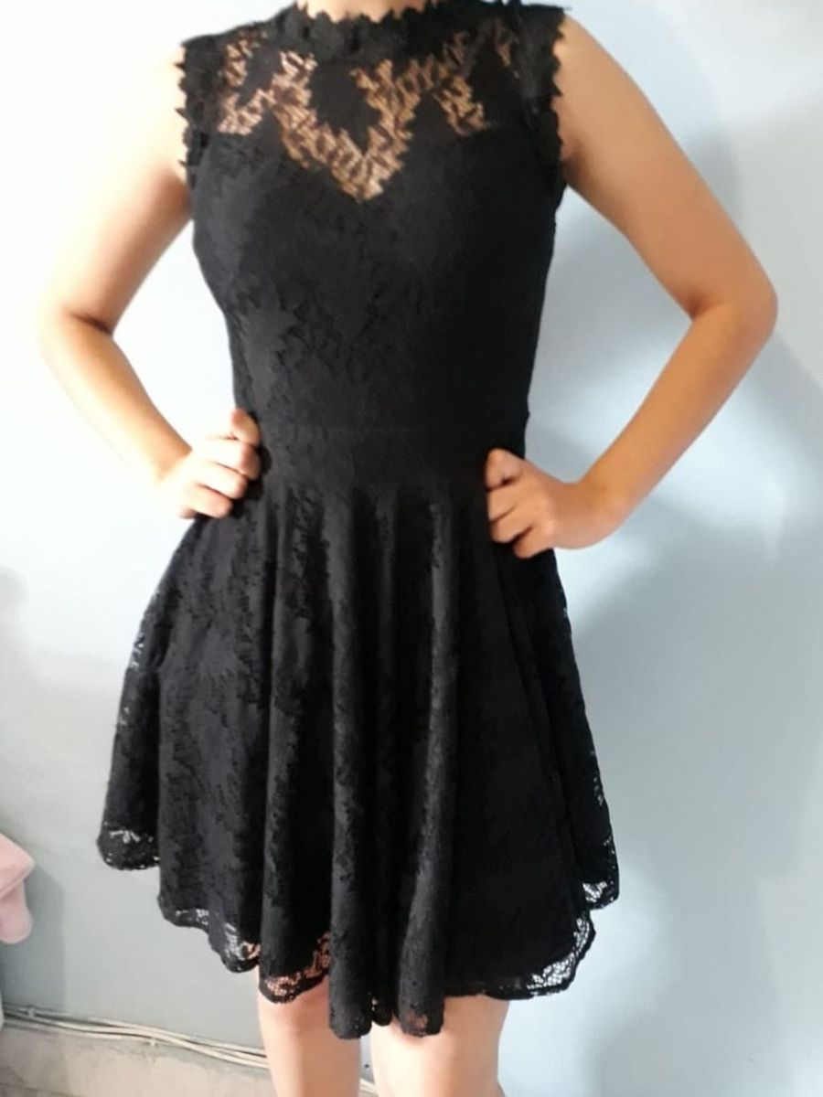 e4c243559 vestido de renda, curto, saia rodada, frente única, decote nas costas,
