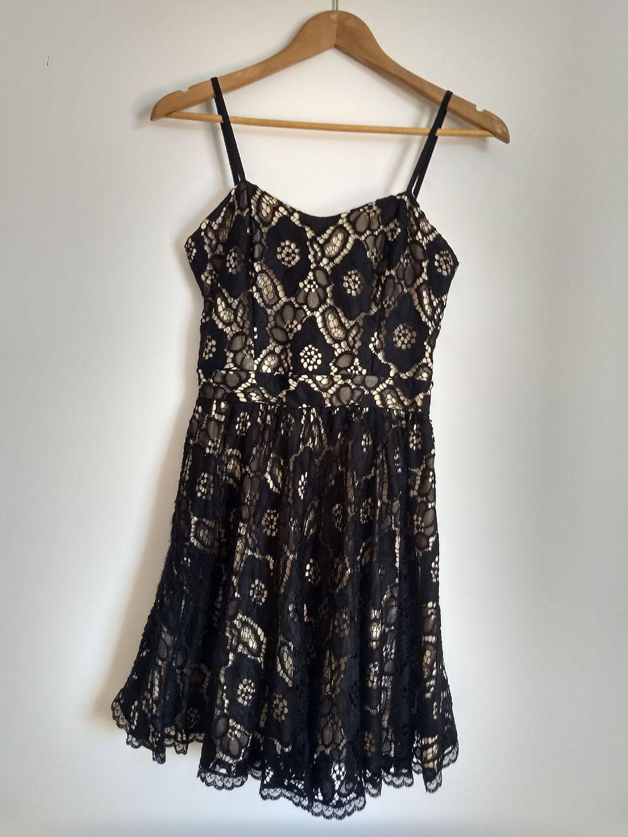 vestido de renda preta com forro nude - vestidos sem marca