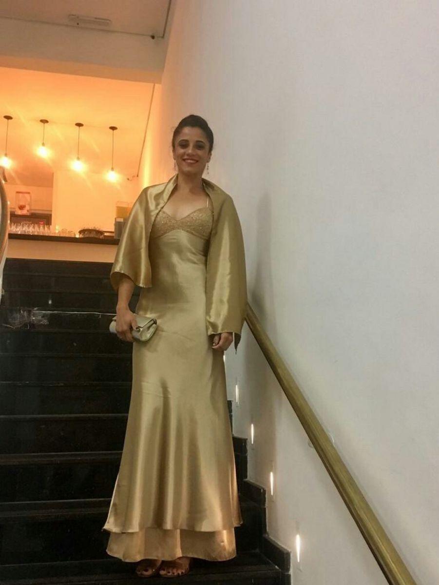 aa4e9ec5840 Vestido Dourado Longo (festa)   Vestido Feminino Usado 30756421   enjoei