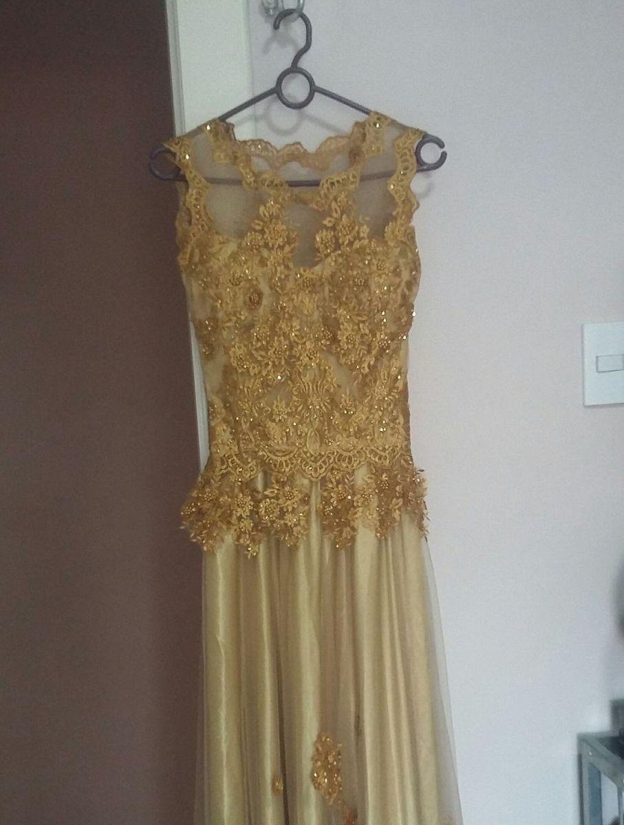 51ebcda00e1 Vestido Dourado Longo   Vestido de Festa Feminino Usado 25971047 ...