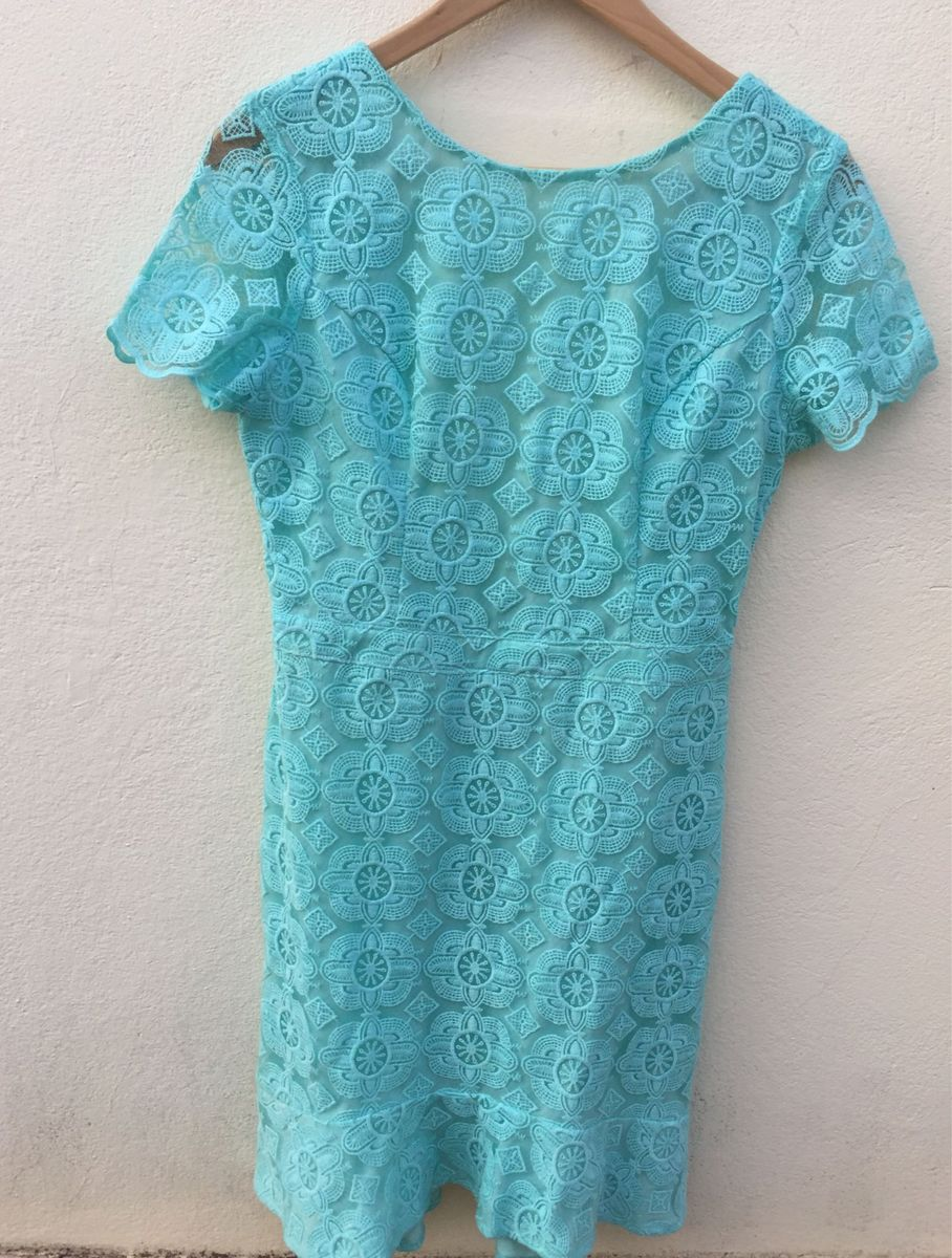 Vestido de festa azul turquesa de renda